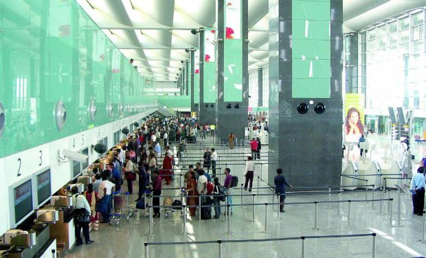 Gmr hyderabad international airport wins award for - Srilankan airlines bangalore office number ...